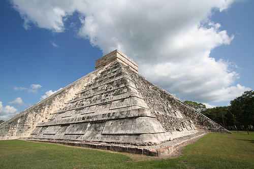 Chichen Itza, Yucatan Peninsula, Mexico (Photo by SAITOR, on flickr. Some Rights Reserved)