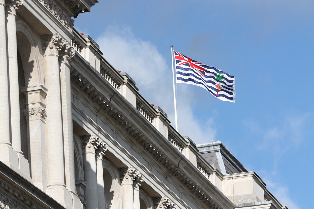 The flag of British Indian Ocean Territory flies on the Foreign Office building in London. Photo:  Foreign and Commonwealth Office  (CC BY-ND 2.0)