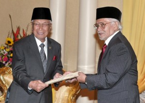 Handing over – Taib is no longer the man to make the decisions and Adenan should stop doing his bidding.