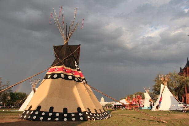 Tipis were set up during daytime hours at the Reject and Protect encampment on the National Mall. (WNV / Kristin Moe)