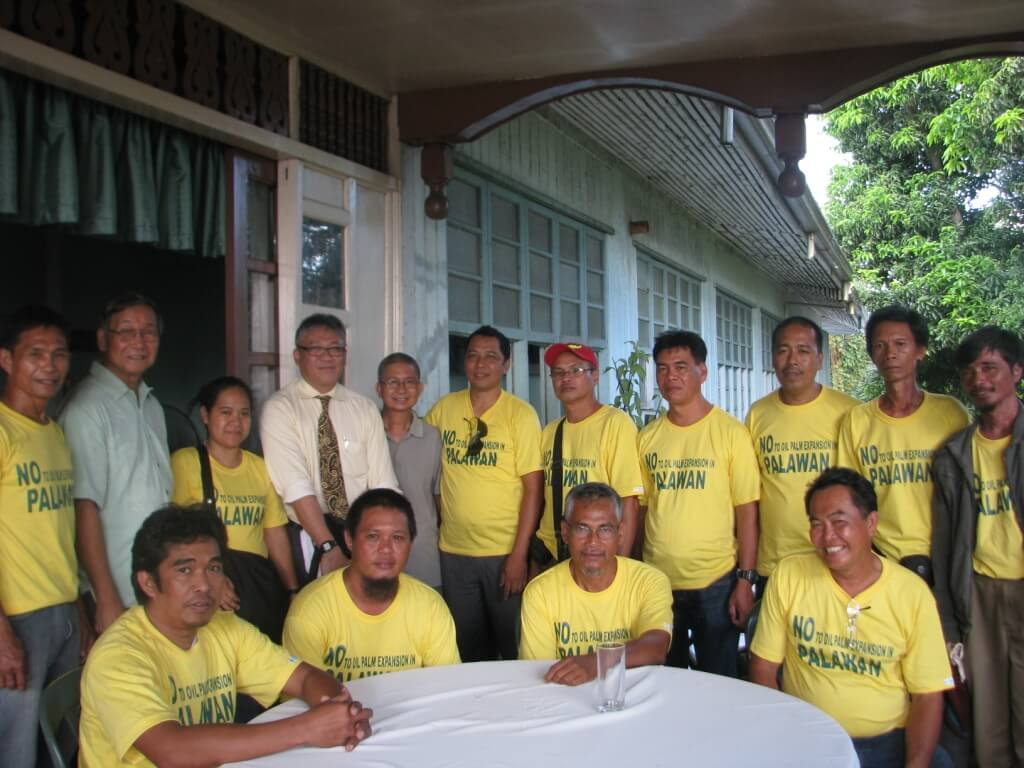 Members of the CALG coalition after meeting Vice-Governor Dennis Socrates (4th on the left)