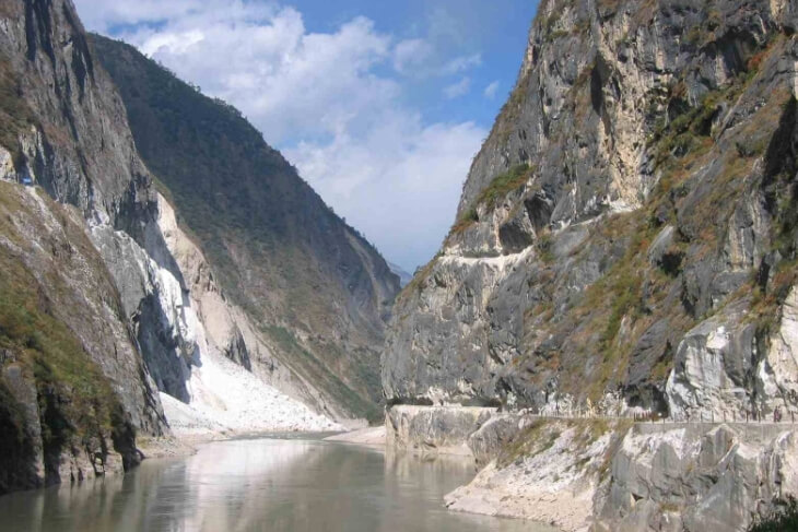 Tiger Leaping Gorge. (Photo: International Rivers)