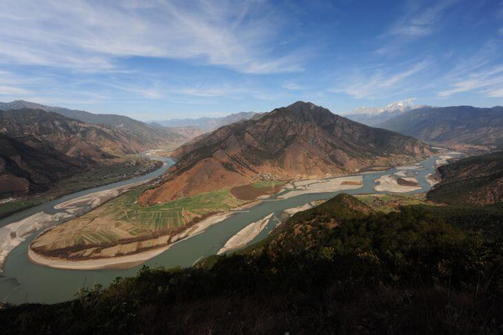 The first grand bend of Yangtze River, which would have been submerged by Tiger Leaping Gorge Dam. (Photo: Heng Duan Shan Society)