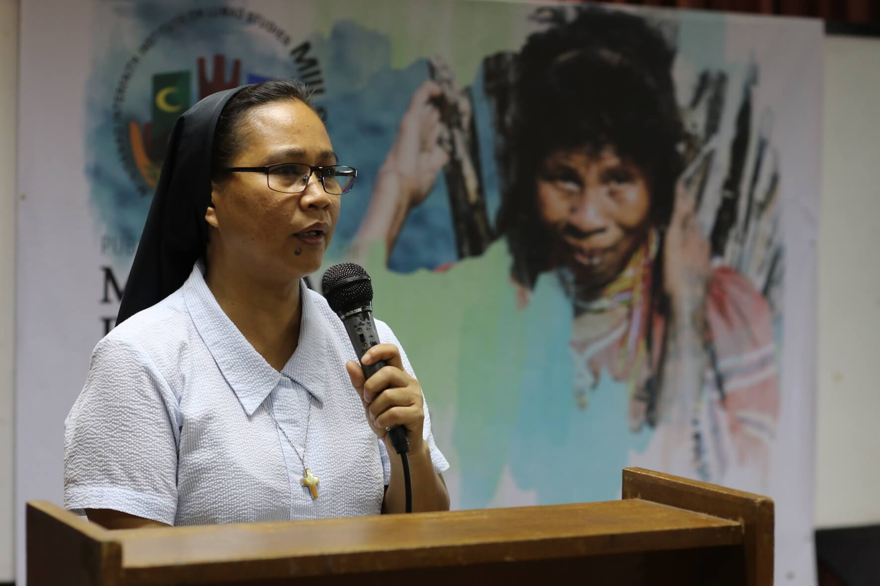 'Healing the Hurt' project manager Sr. Ma. Famita Somogod, MSM, addressess the program participants