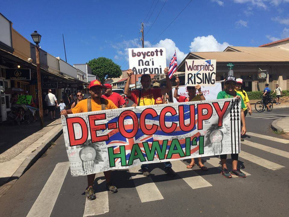 Native Americans warn Native Hawaiians of the dangers of