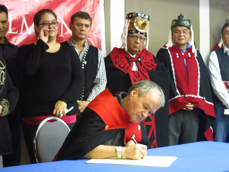 Hereditary Cheif Yahaan Signing Declaration. Photo: Friends Of Wild Salmon