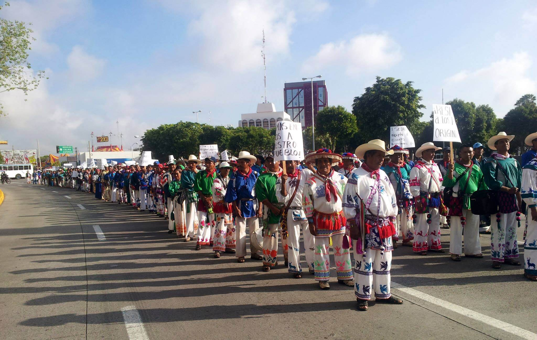 Members of the Wixarika community of San Sebastian Teponahuaxtlán protesting for land reform in Guadalajara in 2014. Photo from the Facebook pages of the community of San Sebastian(Wuaut+a).