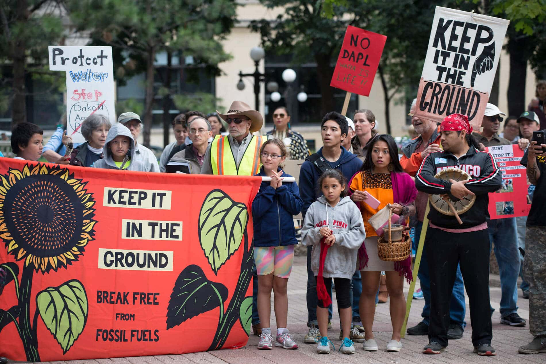 , Texas Senate Passes Bill That'll Hit Pipeline Protestors With Up to 10 Years in Prison